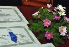 001 Diplomas y Distintivos